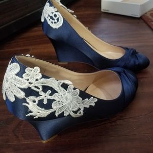 Size 10 navy blue wedges